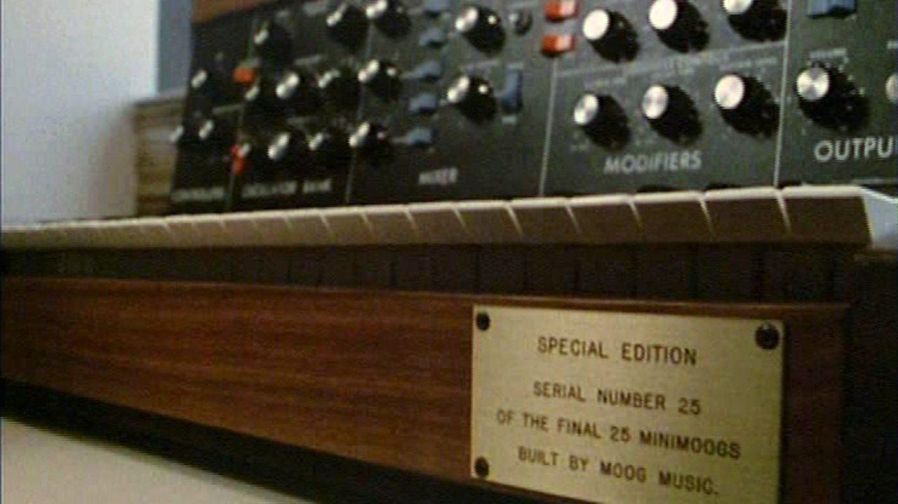 Robert Moog on a Minimoog, 1985