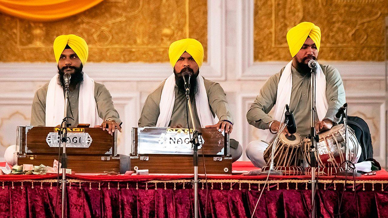 Sikhism – Devotional music at the gurdwara