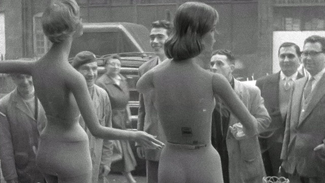 Nude mannequins are too sexy, 1959