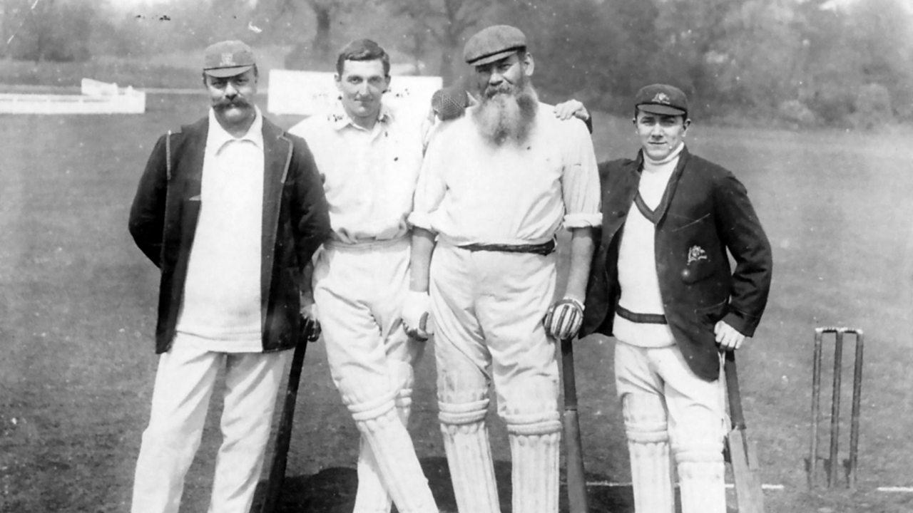 W.G. GRACE còmhla ri luchd-criogaid eile Billy Murdoch clì, C.B. Fry agus Teàrlach Macartney mu 1900