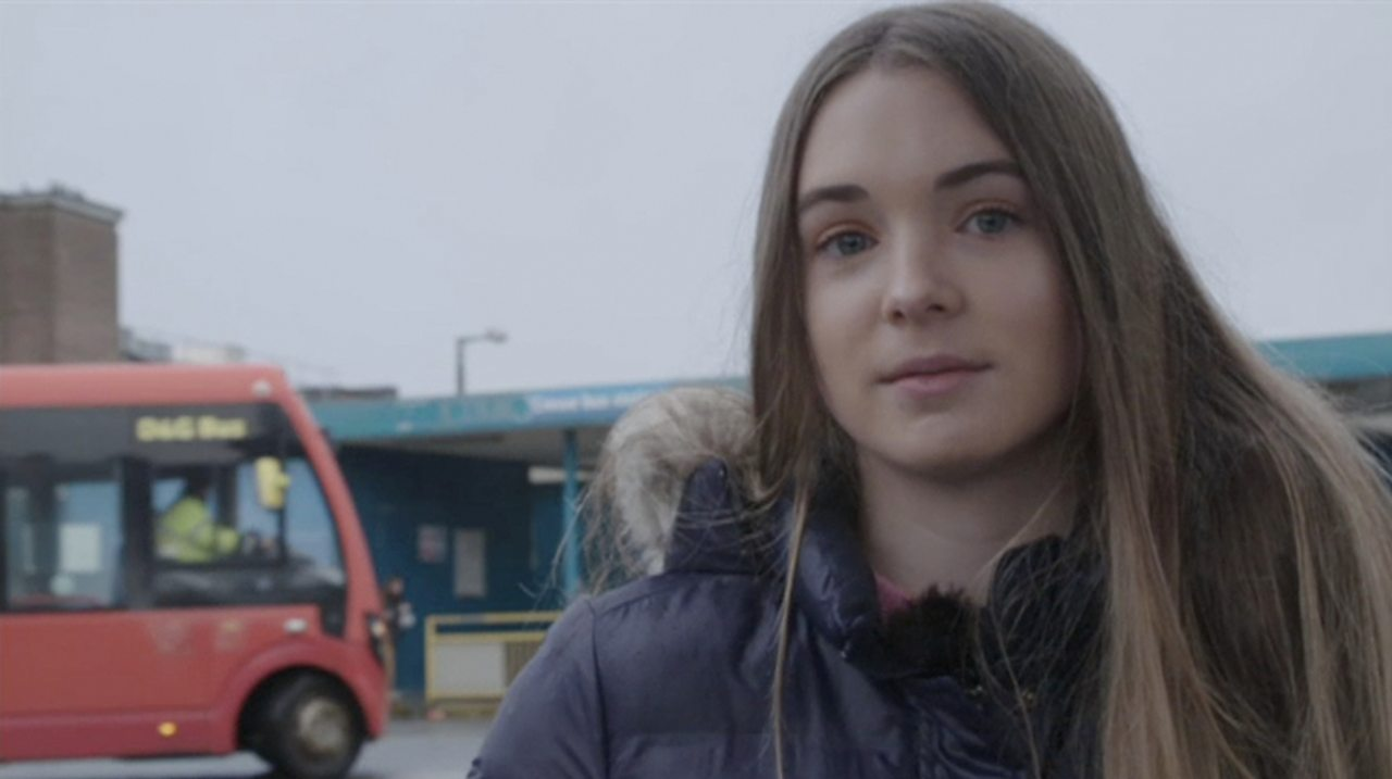 BBC Young Reporter finds loophole allowing vaping adverts on school buses