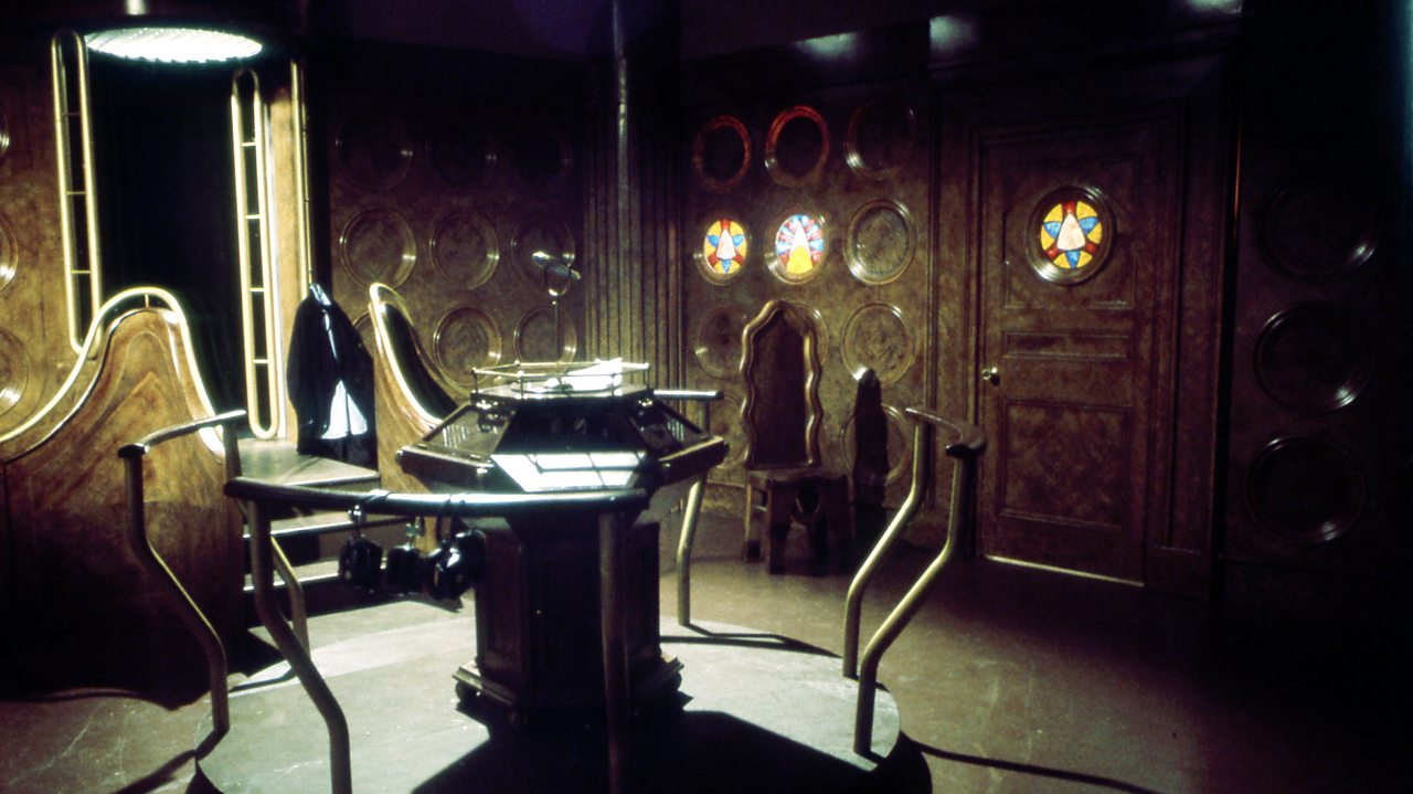 Doctor Who - Masque of Mandragora - Tardis 1, 1976