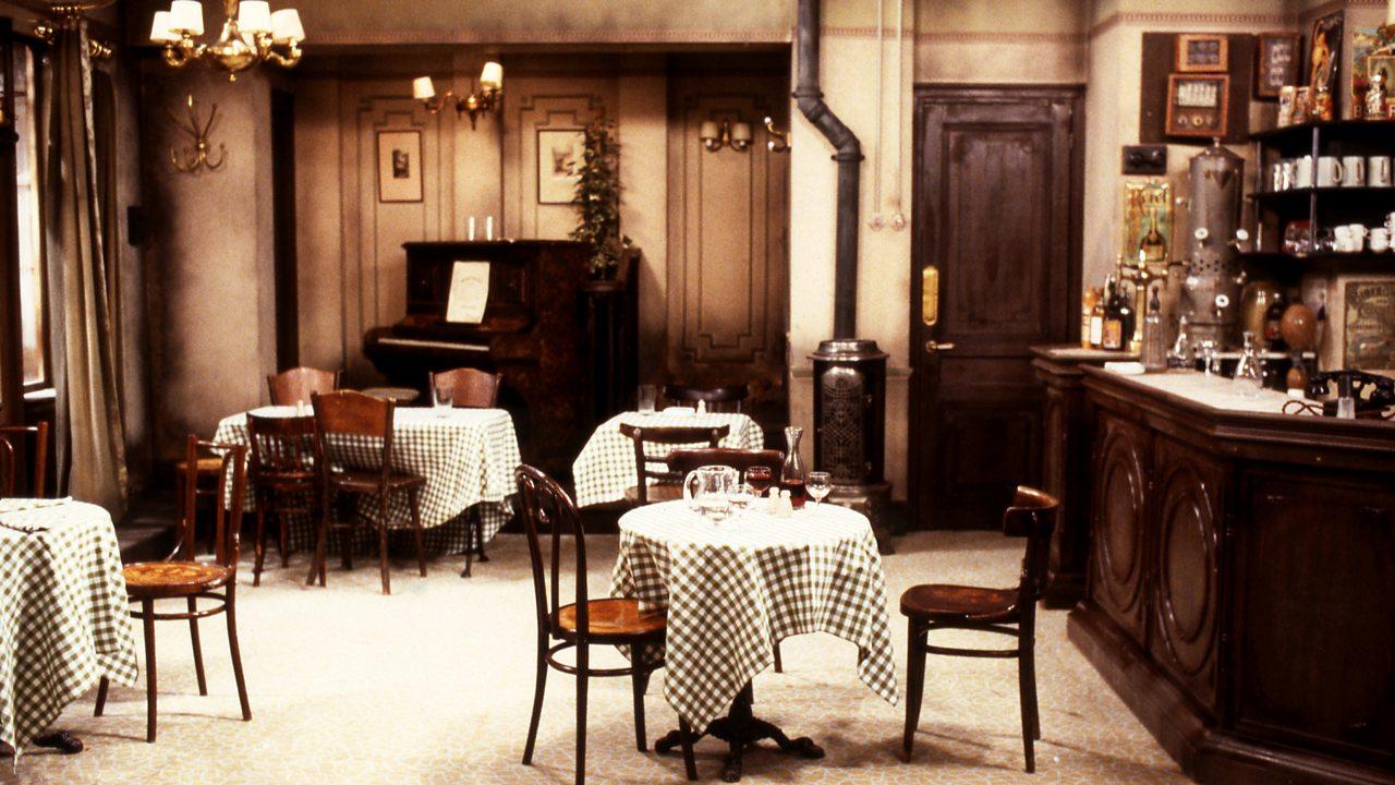 'Allo 'Allo! - restaurant, 1988