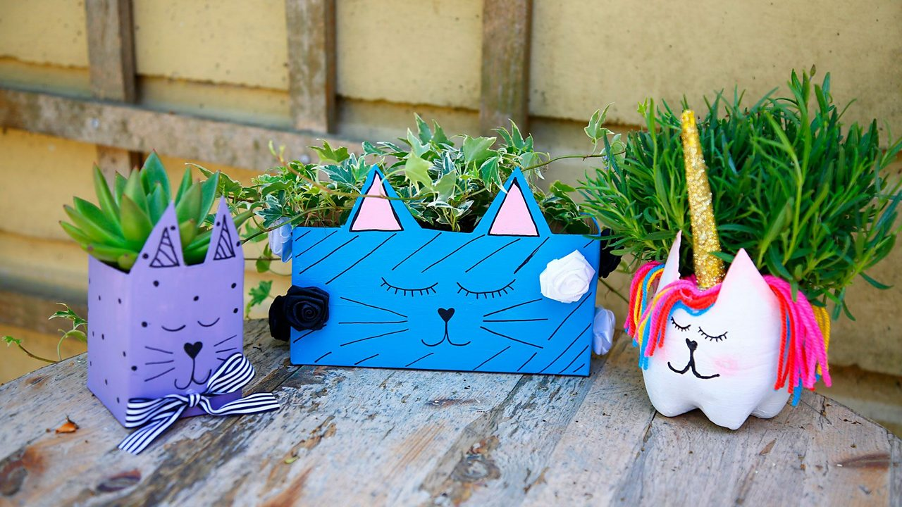 How to make a DIY animal vase with your child