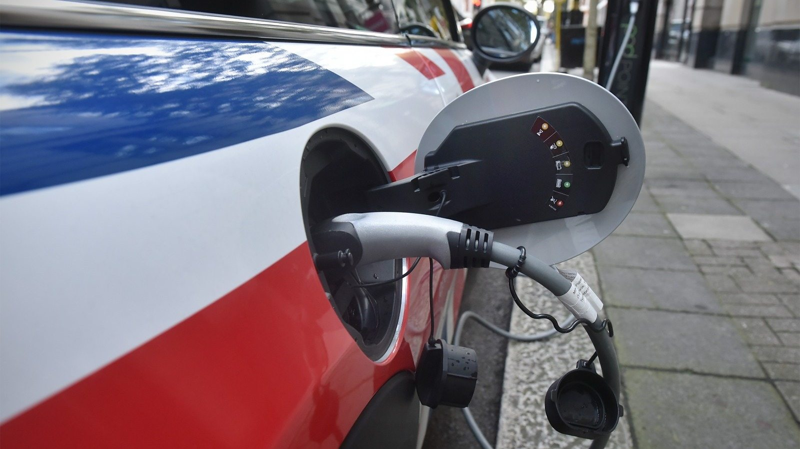 Would UK be ready for 2030 new petrol car ban?