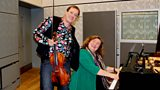 Violist Martin Stegner and pianist Cordelia Höfer-Teutsch in the studio
