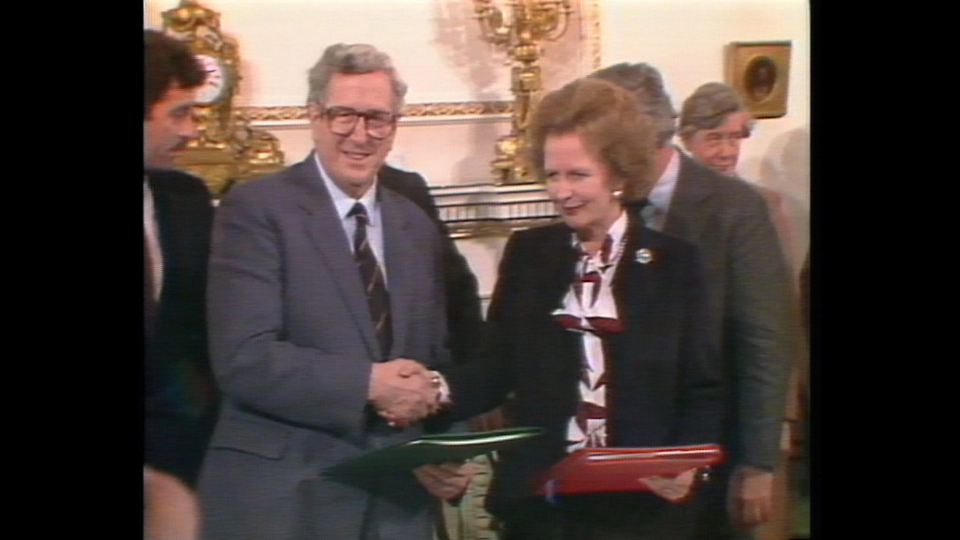 Bbc News Bbc Nine Oclock News 15111985 Anglo Irish Agreement
