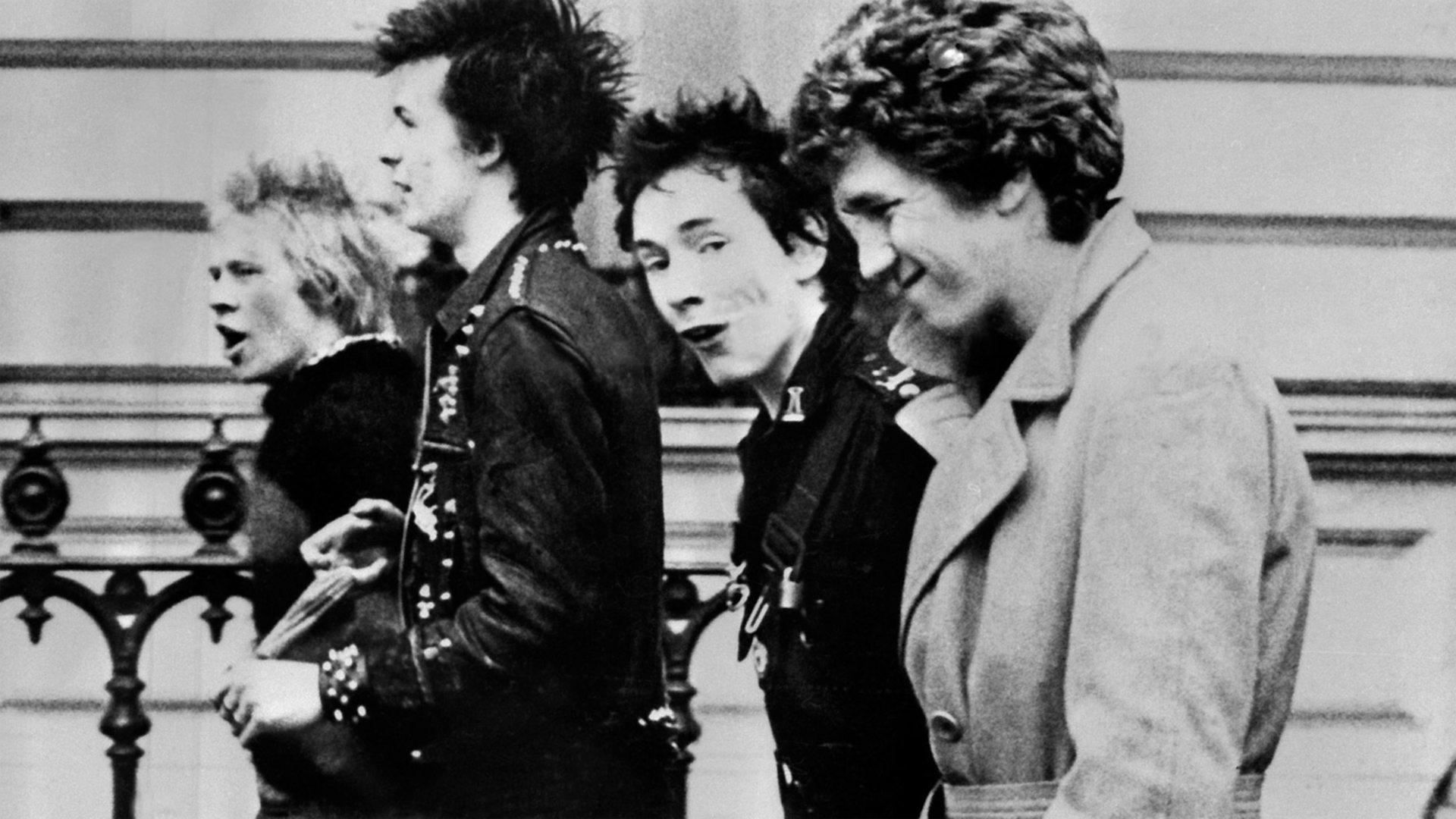 Radcliffe and Maconie, Sex Pistols' Steve Jones Clips