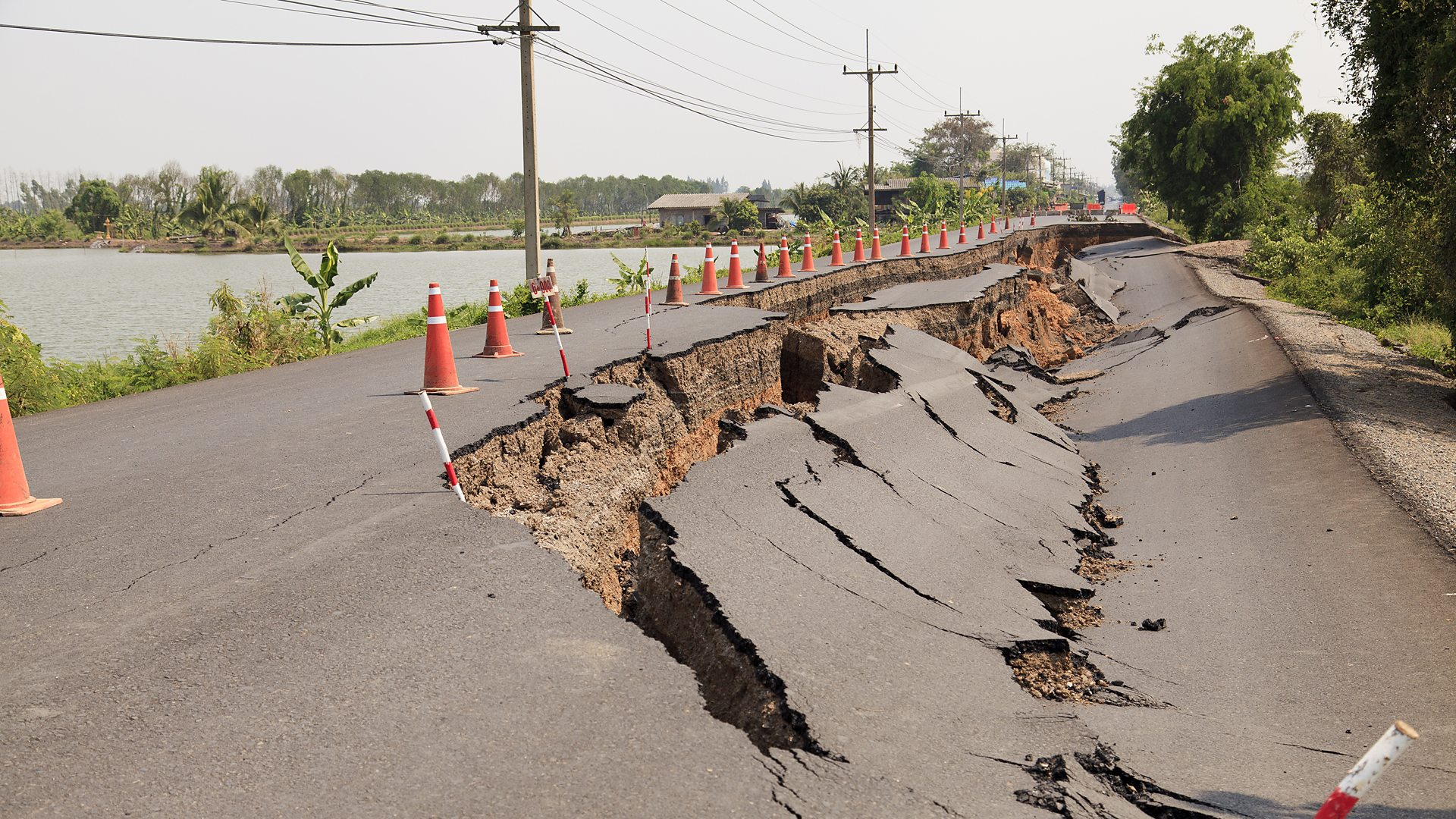 BBC Radio 4 - Quake - 12 surprising facts about earthquakes