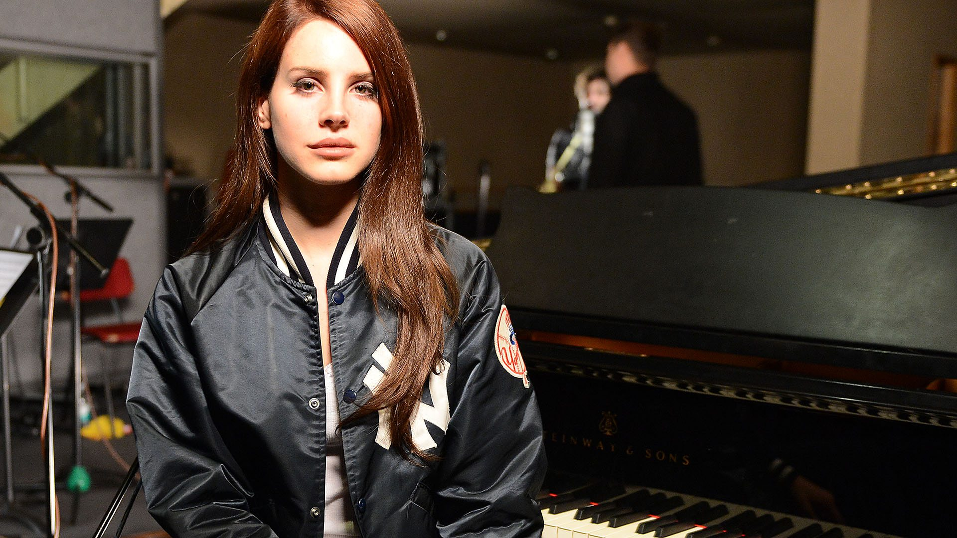 Bbc Lana Del Rey Is Coming To Radio 1 And Tbh We Re Quite Excited