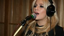 Live Lounge: Pixie Lott
