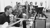 Jimmy Webb and Carol Kaye describe the origin of Glen Campbell's hit 'Wichita Lineman'