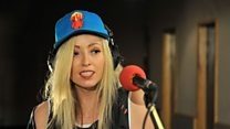 Zane Lowe Sessions: The Ting Tings