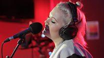 Elli Ingram Live Lounge