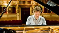 Proms 2015: Prom 9: Beethoven Piano Concertos