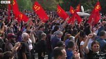 トルコ連続爆発テロ追悼 怒りの矛先は政府にも