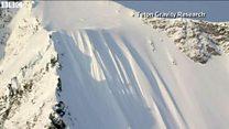 雪山でスキーヤーが約500メートル滑落 九死に一生を得た瞬間