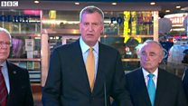 パリ連続襲撃から1週間 ニューヨーク市長は平常心呼びかけ