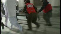 パキスタンで武装勢力が大学攻撃 構内に流血と弾痕と