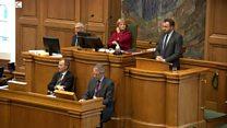 デンマーク議会が難民の貴重品没収を承認 強まる内向き志向