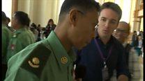 ミャンマーで新議会 依然目立つ軍服姿