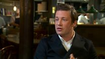 Jamie Oliver: Govt must change childhood obesity strategy