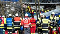 ドイツ列車正面衝突 乗客が事故直後を撮影