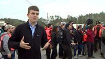 移民収容に抗議デモ ギリシャ・レスボス島で