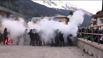 Tear gas at Austria-Italy border