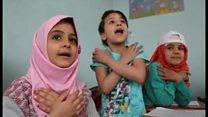 トルコ語でしゃべるシリア難民少年 帰還の見通し立たず