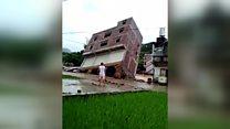 Vídeo capta momento em que prédio desaba por inteiro durante enchente na China