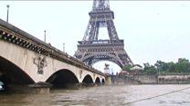 Sena transborda e enchentes alteram cartões postais de Paris