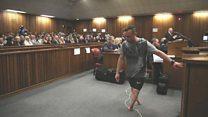 Pistorius walks on his stumps in court