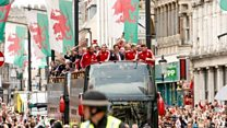 Hero's welcome for Wales