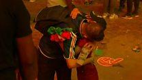 El enternecedor abrazo de un niño portugués a un fan francés tras la derrota de Francia en la Eurocopa