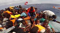 """""""Tenemos 30 minutos para sobrevivir"""": el drama de unos migrantes que piden ayuda a la Guardia italiana"""