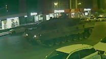 El hombre al que le pasaron dos tanques en el intento de golpe de Turquía y salió casi  ileso