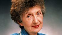 Mrs Mangel co-star: 'She got hate for Neighbours role'