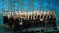 Côr Pensiynwyr dros 60 oed a dros 20 mewn nifer (29) / Pensioners Choir over 60 yrs and over 20 members (29)