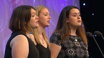 Ensemble lleisiol 10-26 oed: Cystadleuaeth Cymdeithas Eisteddfodau Cymru (200) / Vocal ensemble 10-26 yrs (200)
