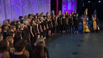 Côr Cerdd Dant dros 20 mewn nifer (15) / Cerdd Dant Choir over 20 members (15)