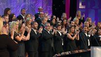 Côr Cymysg dros 20 o aelodau (26) / Mixed choir with over 20 members (26)