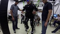 Learning to walk with robotic legs