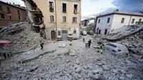Terremoto mortal atinge o centro da Itália; 'metade da cidade se foi', diz prefeito