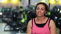 Egypte : femme et garde du corps