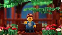 Британец сделал предложение девушке при помощи Лего