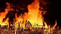 Londres revive el Gran Incendio de 1666 con la quema de una espectacular réplica de madera