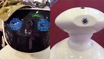 """Говорящие роботы на выставке """"Армия-2016"""""""