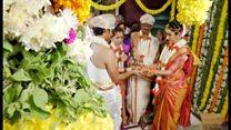 結婚式に見知らぬ客? インドで人気の観光ビジネス