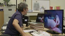 Médico 'opera' via Skype paciente em estado crítico na Síria